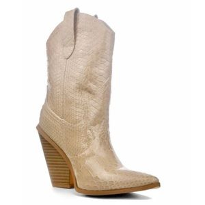 Cape Robbin Patent Nude Fever Cowboy Boot size 10M